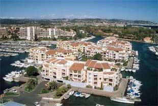 Photo Cannes Marina Place de port 2