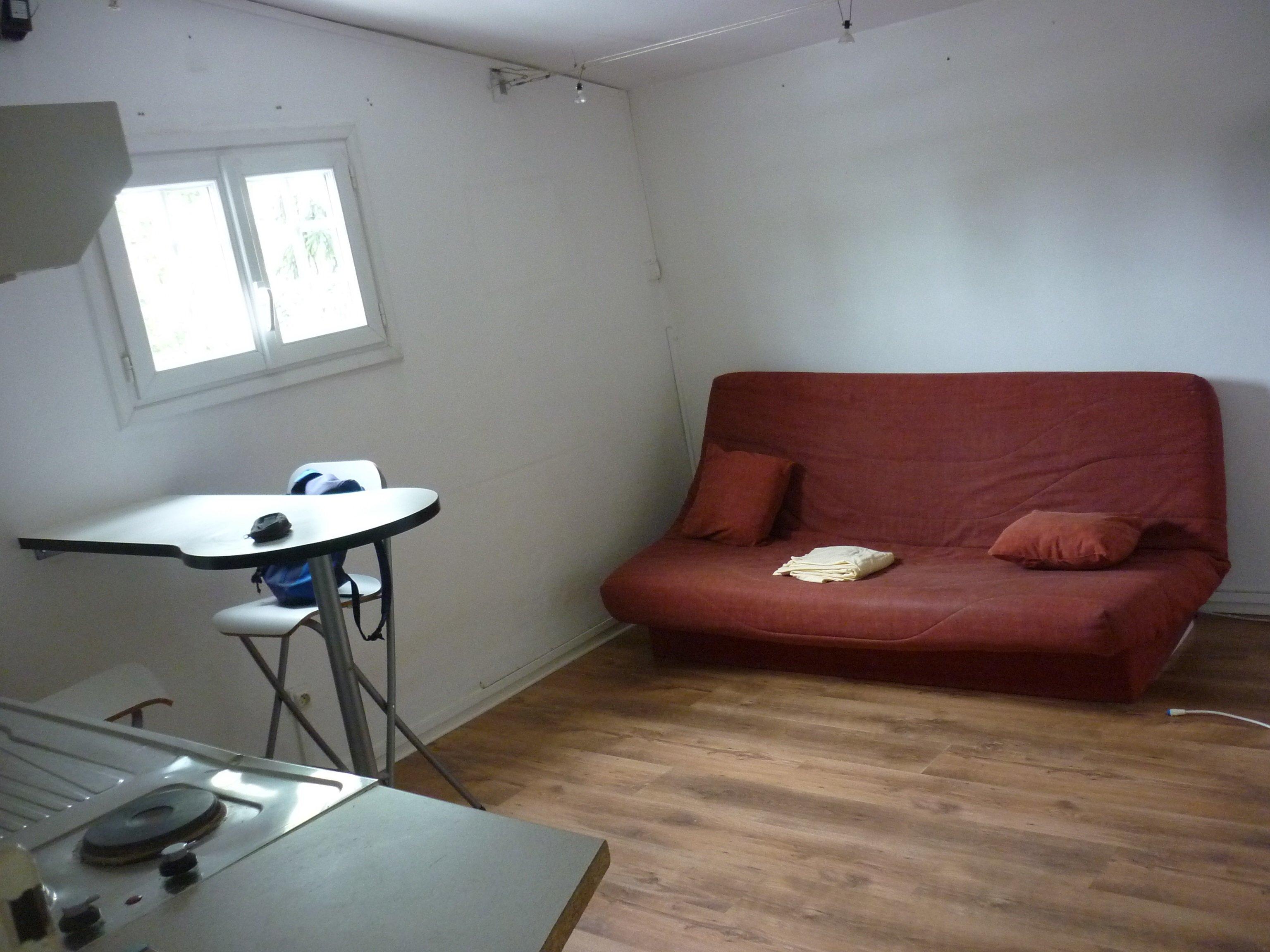 Miniature Studio Talant 1er gauche