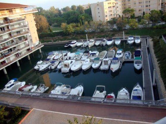 Photo Marina Parc Place de port 1